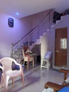 Gallery Cover Image of 1200 Sq.ft 3 BHK Independent House for rent in Sembakkam for 17000