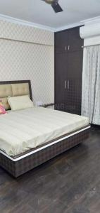 Gallery Cover Image of 1653 Sq.ft 3 BHK Apartment for buy in RK Park Ultima, Jankipuram Extension for 6200000