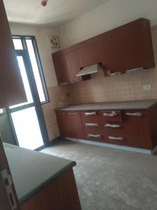 Gallery Cover Image of 2200 Sq.ft 3 BHK Apartment for rent in Jaypee Greens for 35000