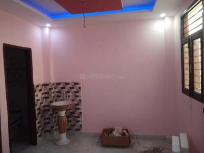 Gallery Cover Image of 650 Sq.ft 1 BHK Independent Floor for buy in Sector 11 for 1600000