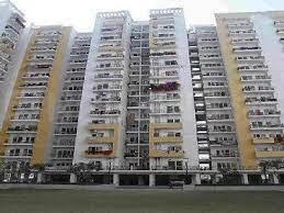 Gallery Cover Image of 1035 Sq.ft 2 BHK Apartment for buy in Panchsheel Greens, Noida Extension for 4200000