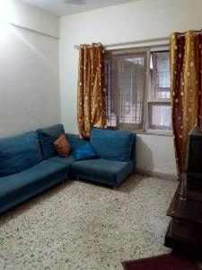 Gallery Cover Image of 430 Sq.ft 1 BHK Apartment for rent in Malad West for 23000