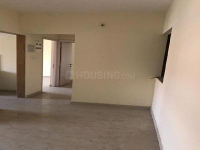 Gallery Cover Image of 890 Sq.ft 2 BHK Apartment for rent in Rustomjee Global City, Virar West for 7500