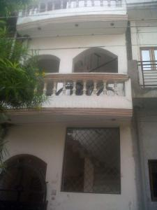 Gallery Cover Image of 800 Sq.ft 2 BHK Independent Floor for buy in Gomti Nagar for 3600000