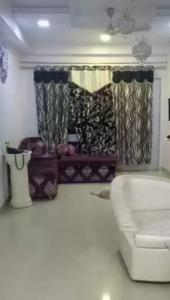 Gallery Cover Image of 1600 Sq.ft 3 BHK Apartment for buy in Shubh Shubh Labh Residency, Manishpuri for 6500000