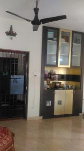 Gallery Cover Image of 1050 Sq.ft 1 BHK Apartment for rent in Velachery for 15000