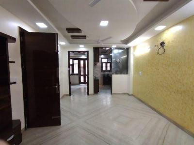 Gallery Cover Image of 900 Sq.ft 3 BHK Independent Floor for buy in Pitampura for 13500000