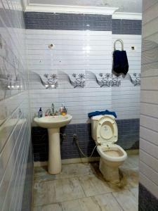 Bathroom Image of Tanya Property in Dwarka Mor
