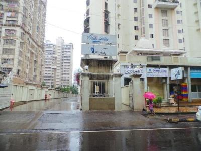 Gallery Cover Image of 2100 Sq.ft 3 BHK Apartment for rent in Seawoods for 70000