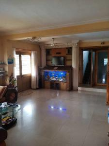 Gallery Cover Image of 4500 Sq.ft 3 BHK Independent Floor for buy in Thane West for 42500000