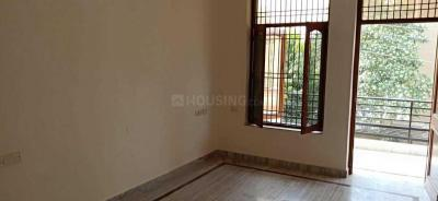 Gallery Cover Image of 1300 Sq.ft 2 BHK Independent Floor for rent in Sector 10A for 15500