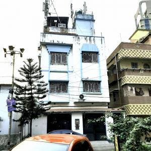 Gallery Cover Image of 4000 Sq.ft 8 BHK Independent House for buy in Kankurgachi for 40000000