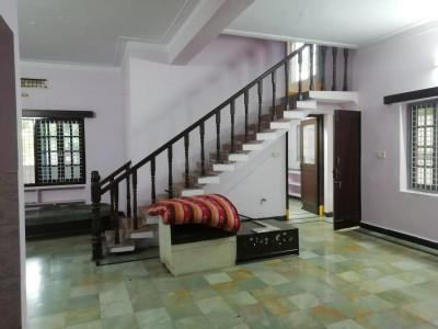 Gallery Cover Image of 1800 Sq.ft 3 BHK Independent House for buy in Kothapet for 22500000