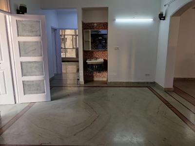 Gallery Cover Image of 2400 Sq.ft 4 BHK Apartment for rent in CGHS Best Paradise, Sector 19 Dwarka for 38000