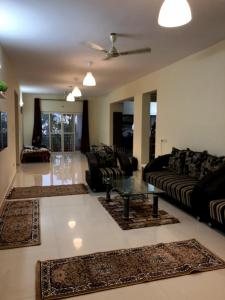 Gallery Cover Image of 2400 Sq.ft 3 BHK Apartment for rent in Chandanagar for 27500