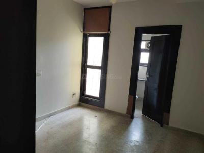 Gallery Cover Image of 1357 Sq.ft 3 BHK Independent Floor for rent in Janakpuri for 28000