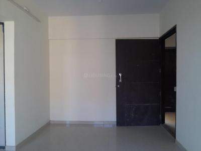 Gallery Cover Image of 650 Sq.ft 1 BHK Apartment for buy in Chandak Sparkling Wings, Dahisar East for 9100000