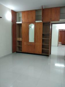 Gallery Cover Image of 1750 Sq.ft 3 BHK Apartment for buy in Mylapore for 29999999