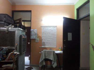 Gallery Cover Image of 500 Sq.ft 1 BHK Independent Floor for rent in Hari Nagar Ashram for 9000