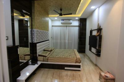 Gallery Cover Image of 5000 Sq.ft 5+ BHK Independent Floor for buy in Thane West for 90000000