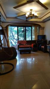 Gallery Cover Image of 1008 Sq.ft 2 BHK Apartment for rent in Santacruz East for 70000