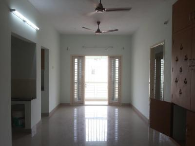 Gallery Cover Image of 1100 Sq.ft 3 BHK Apartment for buy in Kattupakkam for 7040000