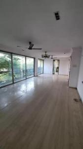 Gallery Cover Image of 1950 Sq.ft 3 BHK Apartment for rent in Shubham Galaxy Heaven, Juhu for 160000