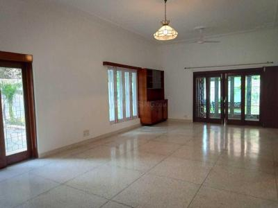 Gallery Cover Image of 4500 Sq.ft 4 BHK Independent Floor for rent in West End for 200000