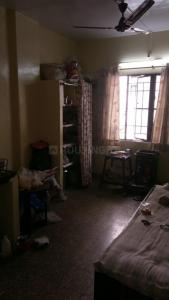 Gallery Cover Image of 500 Sq.ft 1 RK Independent Floor for rent in Narayan Peth for 2000