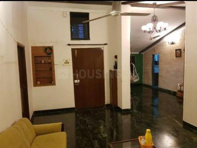 Gallery Cover Image of 850 Sq.ft 2 BHK Apartment for buy in Kalbadevi for 20000000