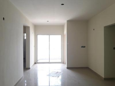 Gallery Cover Image of 1025 Sq.ft 2 BHK Apartment for buy in Bommasandra for 4800000