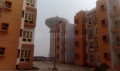 Gallery Cover Image of 650 Sq.ft 2 BHK Apartment for rent in Loni for 8000