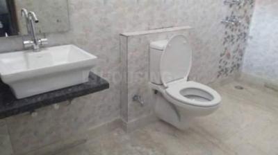 Bathroom Image of Mannat PG Film City in Sector 17