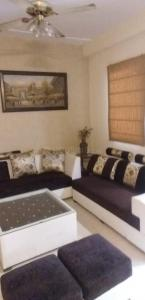Gallery Cover Image of 1450 Sq.ft 3 BHK Independent Floor for rent in H - Block, Sector 48, Sector 48 for 35000