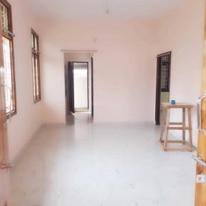 Gallery Cover Image of 1000 Sq.ft 1 BHK Independent House for rent in Gajularamaram for 10000