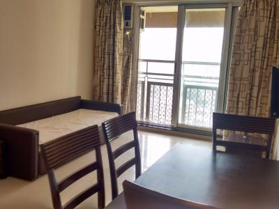 Gallery Cover Image of 700 Sq.ft 1 BHK Apartment for rent in Dadar West for 65000
