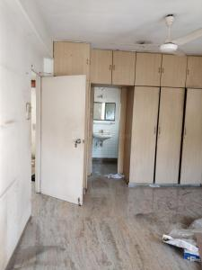 Gallery Cover Image of 1200 Sq.ft 2 BHK Apartment for rent in Juhu for 80000