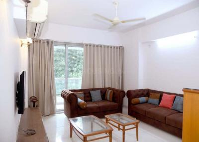 Gallery Cover Image of 2000 Sq.ft 3 BHK Apartment for rent in Alkapuri for 55000