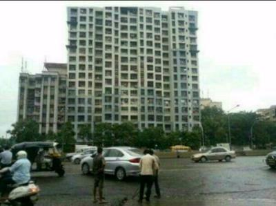 Gallery Cover Image of 810 Sq.ft 2 BHK Apartment for buy in Chembur for 14500000