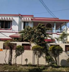 Gallery Cover Image of 6700 Sq.ft 4 BHK Independent House for buy in Napier Town for 65000000