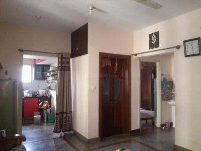 Gallery Cover Image of 800 Sq.ft 2 BHK Apartment for rent in Banashankari for 15000