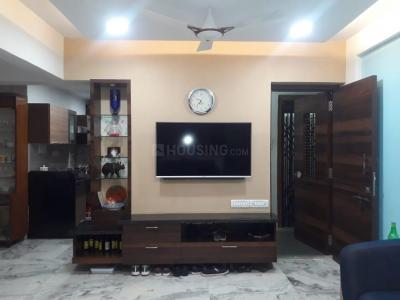 Gallery Cover Image of 1000 Sq.ft 2 BHK Apartment for rent in Suraj Louisandra Apartment, Prabhadevi for 90000