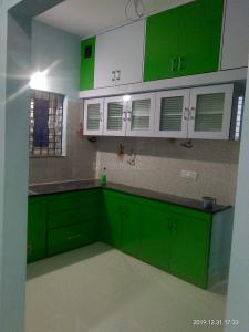 Gallery Cover Image of 1600 Sq.ft 3 BHK Apartment for rent in Kukatpally for 25000