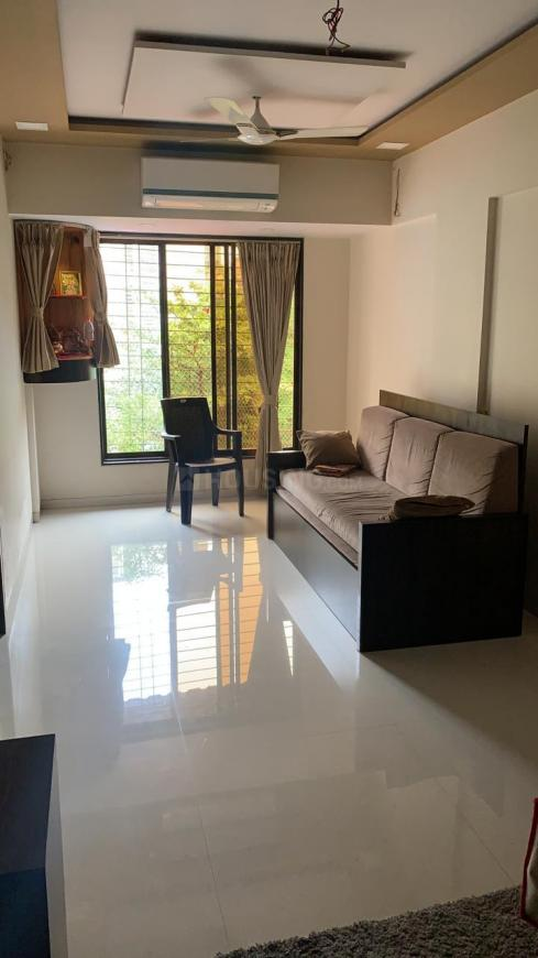 Living Room Image of 650 Sq.ft 1 BHK Apartment for rent in Kopar Khairane for 13000