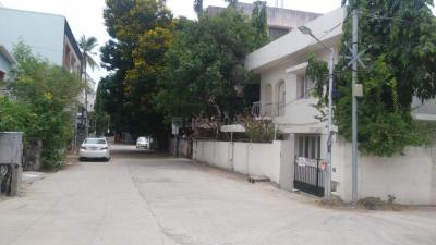 Gallery Cover Image of 6000 Sq.ft 6 BHK Independent House for buy in Nungambakkam for 86000000