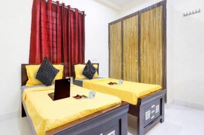 Bedroom Image of Oyo Life Ol_hyd1420 in Gowlidody