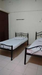 Gallery Cover Image of 1000 Sq.ft 2 BHK Apartment for rent in Perumbakkam for 20000