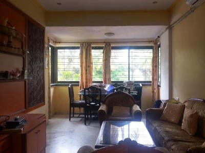 Gallery Cover Image of 1050 Sq.ft 2 BHK Apartment for buy in Shangrila Apartment, Bandra West for 32000000