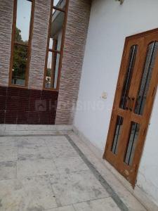 Balcony Image of PG 5861526 Alpha I in Alpha I Greater Noida
