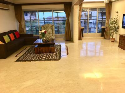 Gallery Cover Image of 1680 Sq.ft 3 BHK Apartment for rent in Bandra West for 200000
